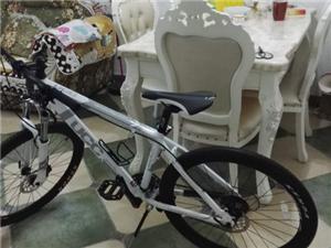山地自行车,UCC阿帕奇TEAM,24速,油刹,锁死前叉