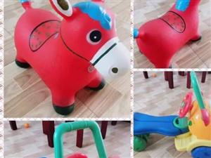 出售儿童玩具 跳跳马 学步车 文具礼盒