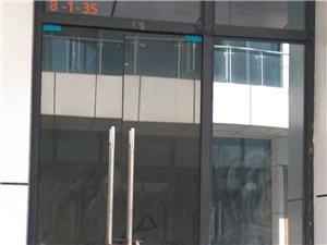 鼎仁国际一楼临街门面黄金地段位置地段好