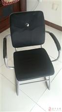 24门储物柜    摄像头  监控设置装备摆设  交流机8口 椅子