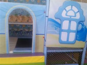 出售闲置 儿童游乐设备 滑梯 蹦蹦床等