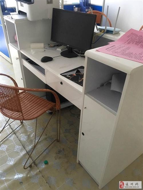 出售培训班学习桌、櫈子、前台、办公桌、讲台