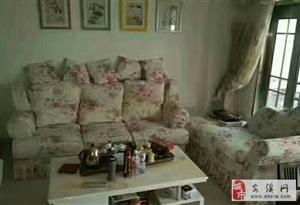 三远江滨花园3室2厅2卫95万元