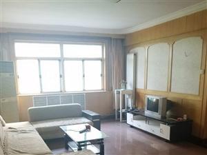 燕春小区3室3个带空调,家电齐全。拎包入住