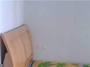 香林雅郡2室2厅1卫1300元/月