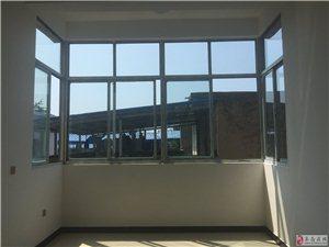套房出租 新房新装修  3室1厅1卫 110平 靠近二中四小