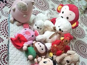 出售 九成新毛绒玩具12个
