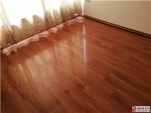 麻城安心地板店供应各种复合地板 实木地板 防水地板