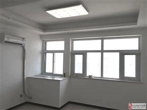出租会战道京南互联网大厦59平米房一套年租金2万