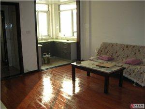 富丽豪庭新橙公寓小区1室1厅1卫1300元/月