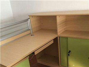 出售电脑桌,电脑椅