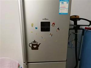 2010年美的冰箱一台出售