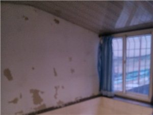 燕山学校北路附近2室2厅2卫150万元