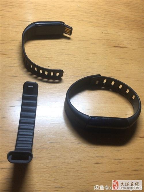 出售两支9成新mambo-1乐心运动手环