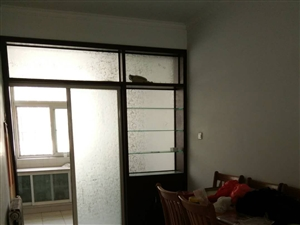 康居花园1楼精装带储藏室,家具家电齐全,拎包