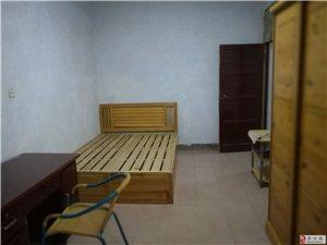 2室1厅1卫1800元/月