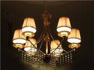 玫瑰園燈飾點燃一室溫暖