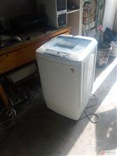 出售二手海尔小神童全自动洗衣机.