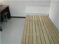 9成新實木床出售