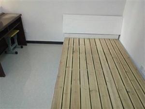 9成新实木床出售