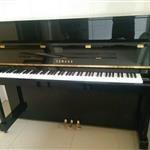 本人有一架雅马哈钢琴,九成新,欲出售