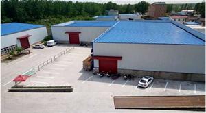 南八里厂房标准厂房出租,另有5层办公大楼出租
