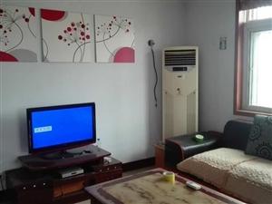 九州名座附近3室2厅110平精装带家具家电