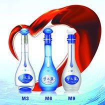 专业生产各种高中档白酒,做工精细,价格低廉。