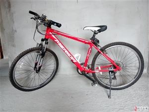 出售全新山地自行车,买回没用过.