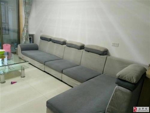 自家用4米多全套软包沙发出售
