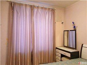 帝湖花园多层3室2厅2卫3000元/月