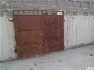 玉泉镇小康住宅区4室2厅2卫1500元元/月