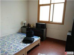 金沙小区3室2厅2卫600元/月低价出租