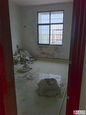 帝坤酒店隔壁3室2厅2卫58万元