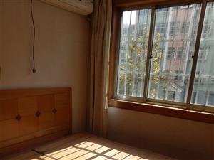 天府小区3室2厅1卫一楼带土炕对外出租