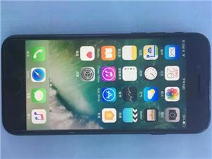 苹果7  32G  黑色