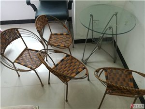 办公居家用椅子桌子甩卖