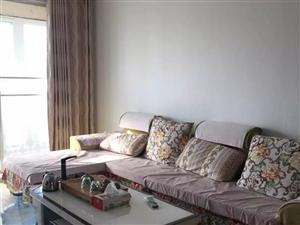 平章府 3室2厅130平 精装电梯房 带 家具家电