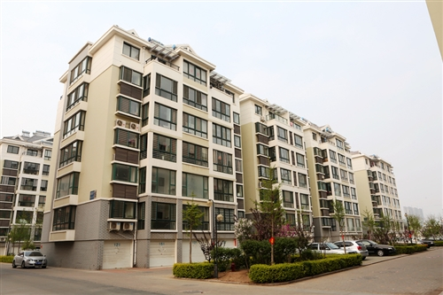 商:盛隆房地产开发有限公司 小区地址:莱阳鹤山路          查看地图