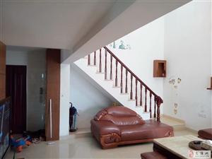 世纪豪庭楼中楼精装修可接受贷款