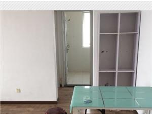 出售纳丹堡南北通透三居室 精装修 满两年房