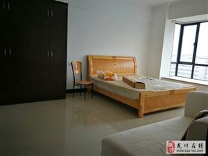 龙飞大厦156平米4室2厅2卫85万