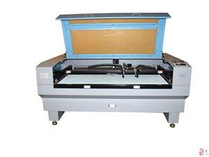 厂家直销全新高速激光切割机可用于皮革布料毛绒亚克力