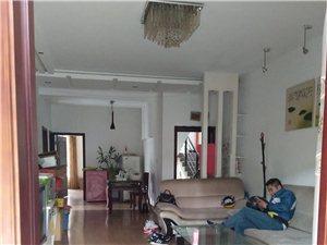 龙马潭区金山路六和苑小区三室两厅两卫53.6万元