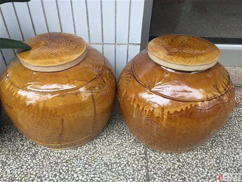 60年陶瓷罐贱卖