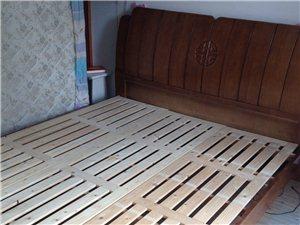 九成新���木1.8*2米�p人大床加席�羲甲�按�|低�r