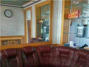 立交桥周围精装房出租3室2厅1卫830元/月