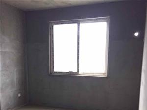 中华路中华苑紧邻实验3室2厅2卫75万元