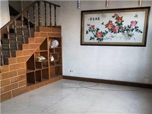 楼东皇华苑小区5室2厅2卫15000元/月