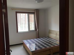 领秀城3室2厅2卫1600元/月家具家电齐全